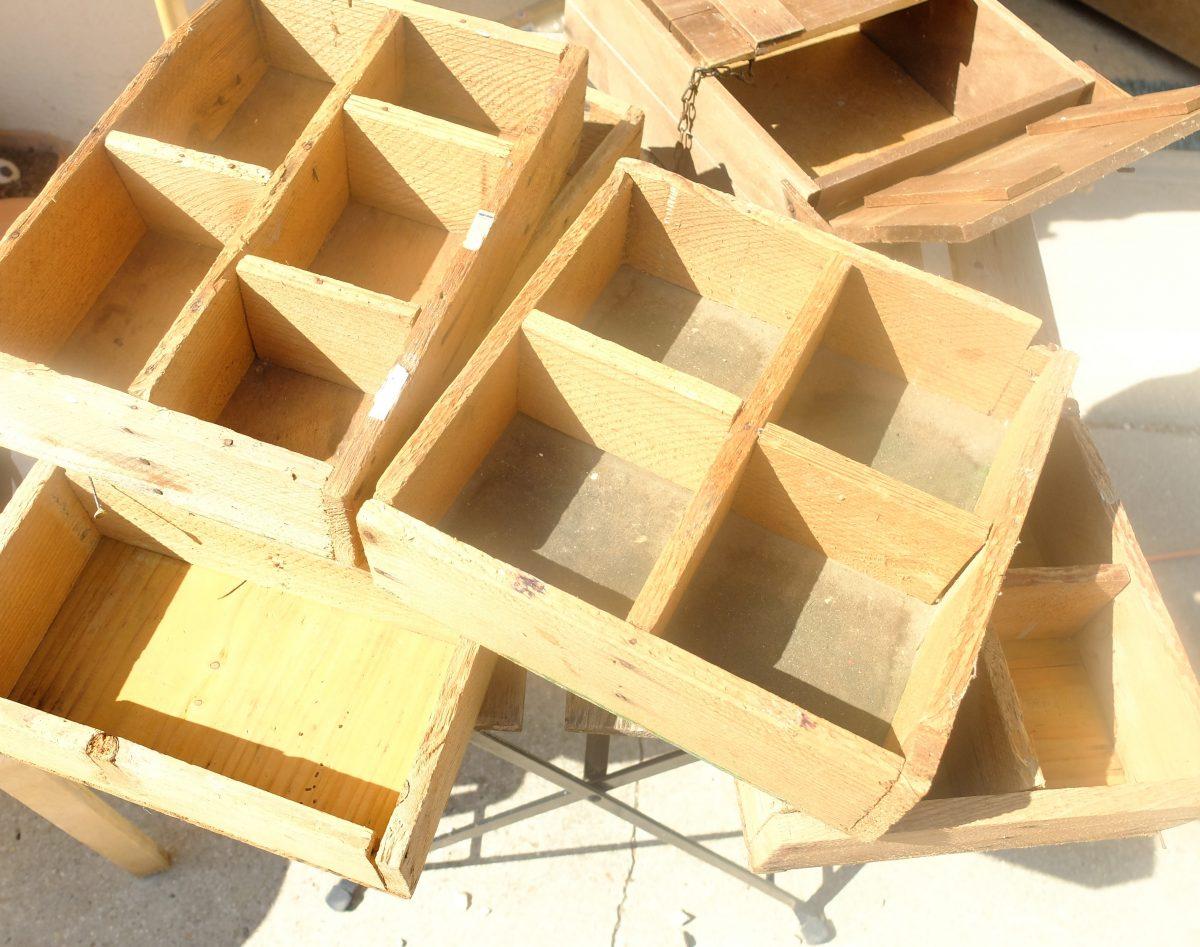 étagères en bois