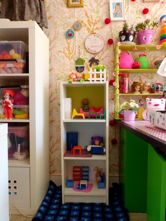 ikea hack diy d 39 une maison de poup e la phanette aux. Black Bedroom Furniture Sets. Home Design Ideas