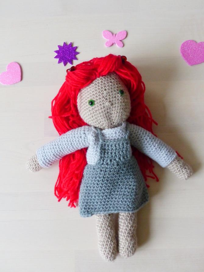 poupée au crochet Isabelle Kessedjian