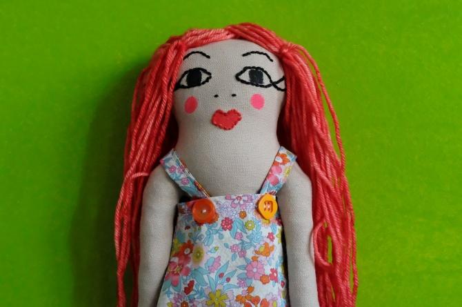 poupées en tissu faites main